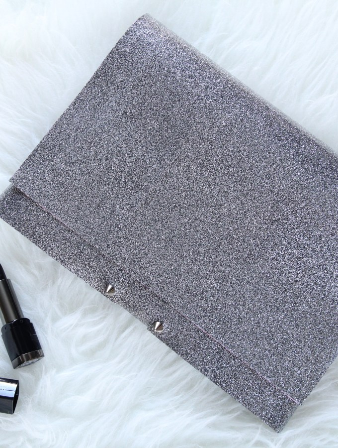 DIY GLITTER VINYL CLUTCH (NO SEW!)
