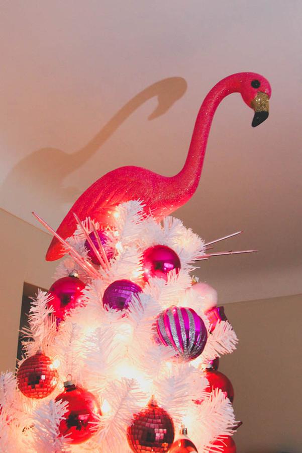 - DIY FLAMINGO CHRISTMAS TREE TOPPER - Queens Vein