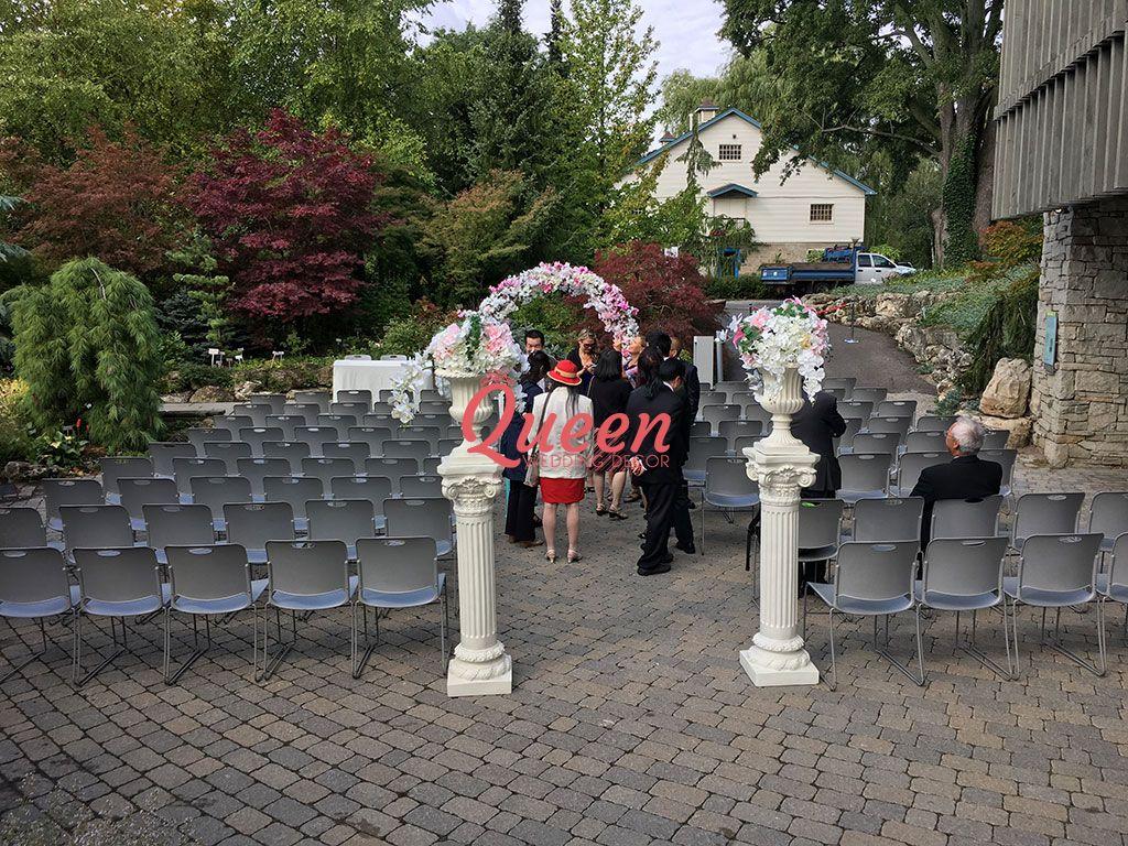 Toronto Botanical Gardens Queen Wedding Decor