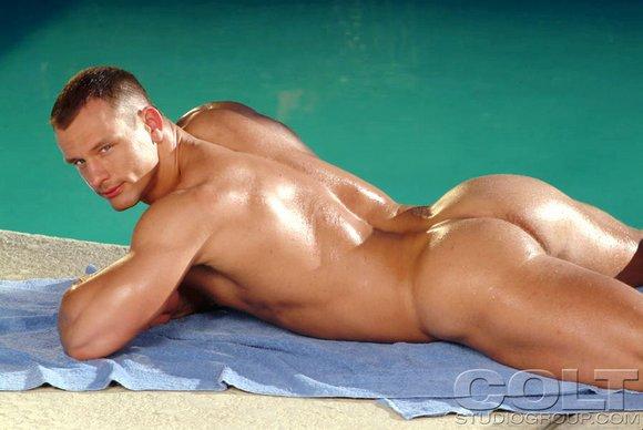 Gay boy muacle