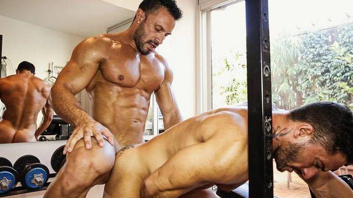 Flex Xtremmo Gay Porn Star Robin Sanchez Muscle Hunk Fuck