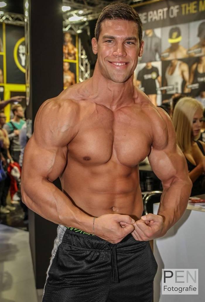Kris Evans Belami Gay Porn Star Is Now A Big Bodybuilder-9070