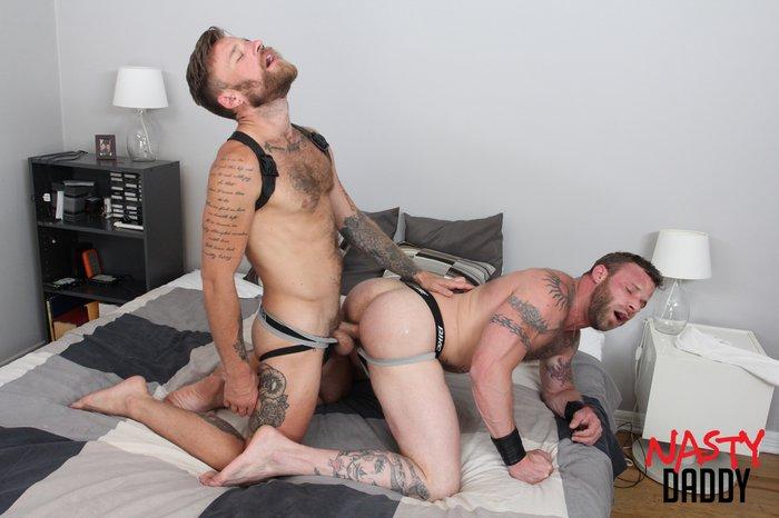 Hot Daddy Sex Gay