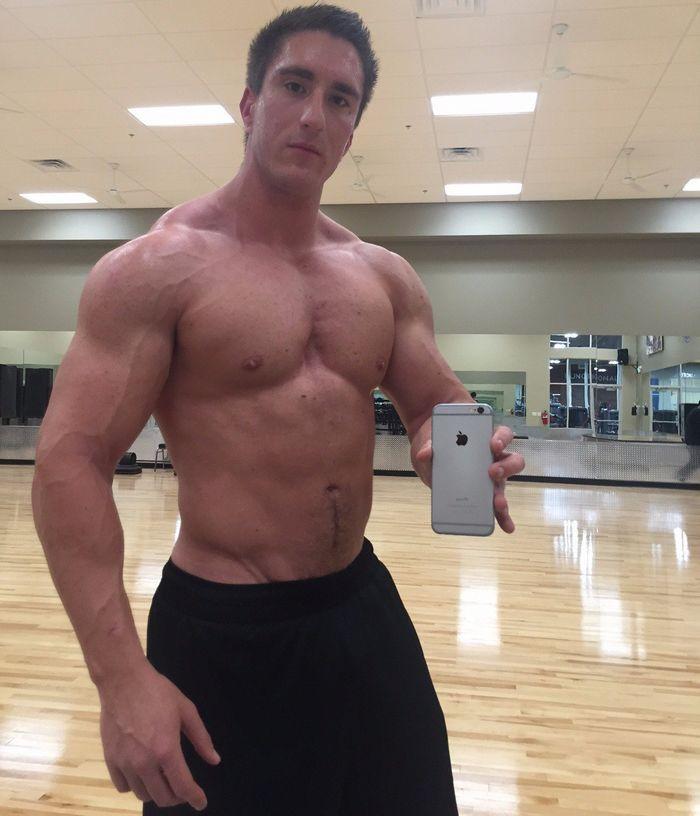 Victor Powers Gay Porn Star Muscle Bottom Selfie