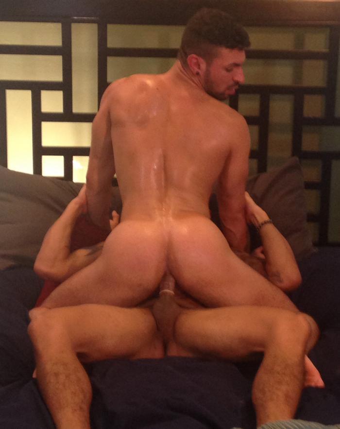 alejandro-vez-ian-greene-gay-porn-2