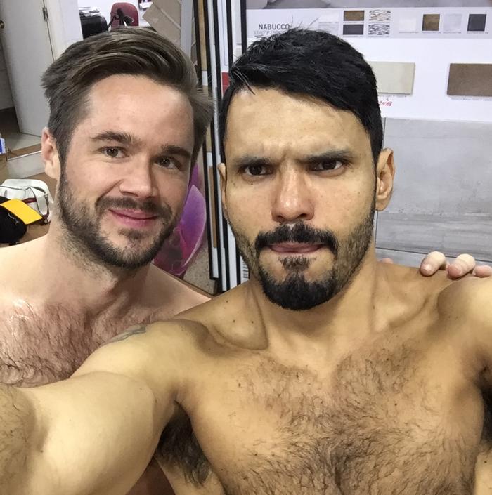jean-franko-mike-de-marko-gay-porn-star-menatplay-behind-the-scenes-selfie