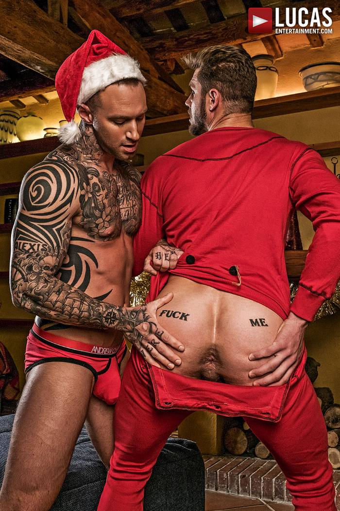 Ace Era Gay Porn Dylan James Bareback Sex XXXMas