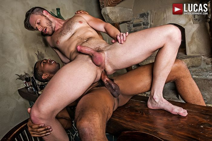 Sean Xavier Gay Porn Brian Bonds Bareback Sex