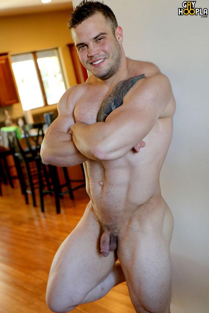 Buck Carter Gay Porn Bodybuilder Naked Muscle Bottom GayHoopla