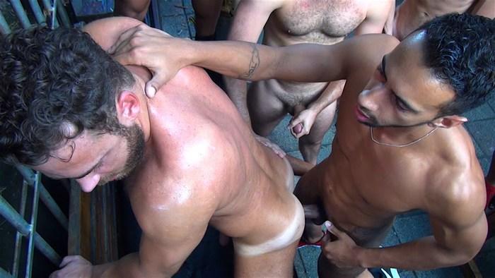 Logan Moore Gay Porn Bareback GangBang