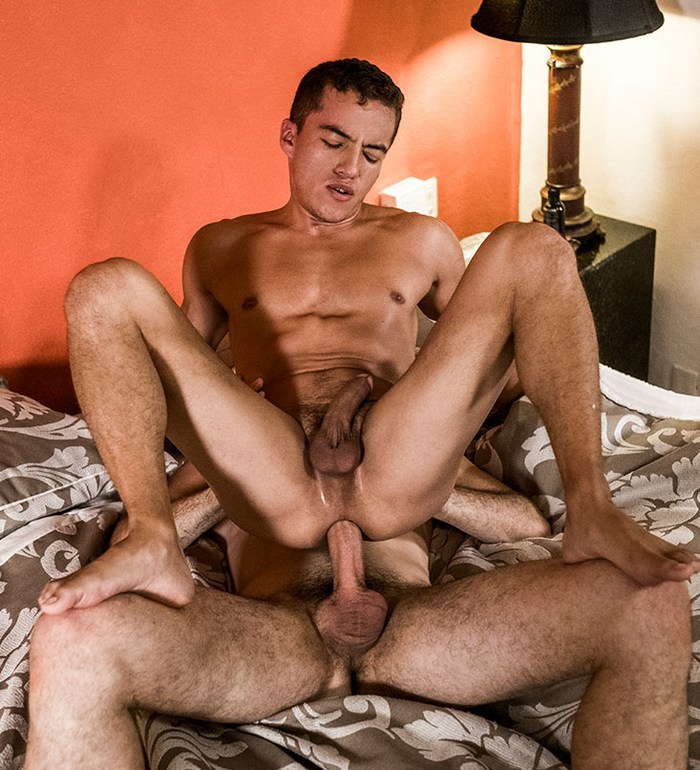 Dante Lauro Gay Porn Bareback Sex Michael Lucas Reverse Cowboy