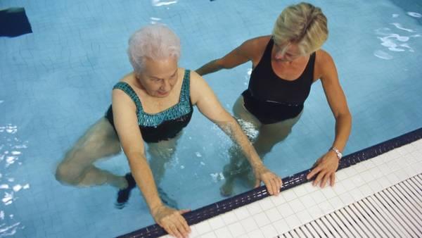 Mujeres mayores de 60 años son quienes más viajan