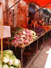 En parcourant le marché Ballaro (Palerme)