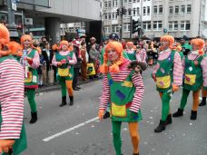 Défilé du voisinage et des écoles (Cologne)