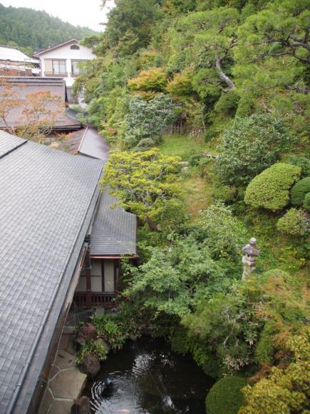 Vue de notre chambre au temple Shojoshin-in (Koyasan)