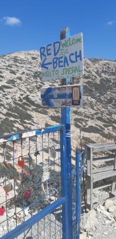Chemin vers la Red beach - Matala (Crète)