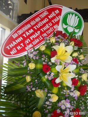 Vòng hoa của Ban Hướng dẫn GĐPT Khánh Hoà