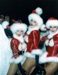 Cristmas in Heaven showgirls