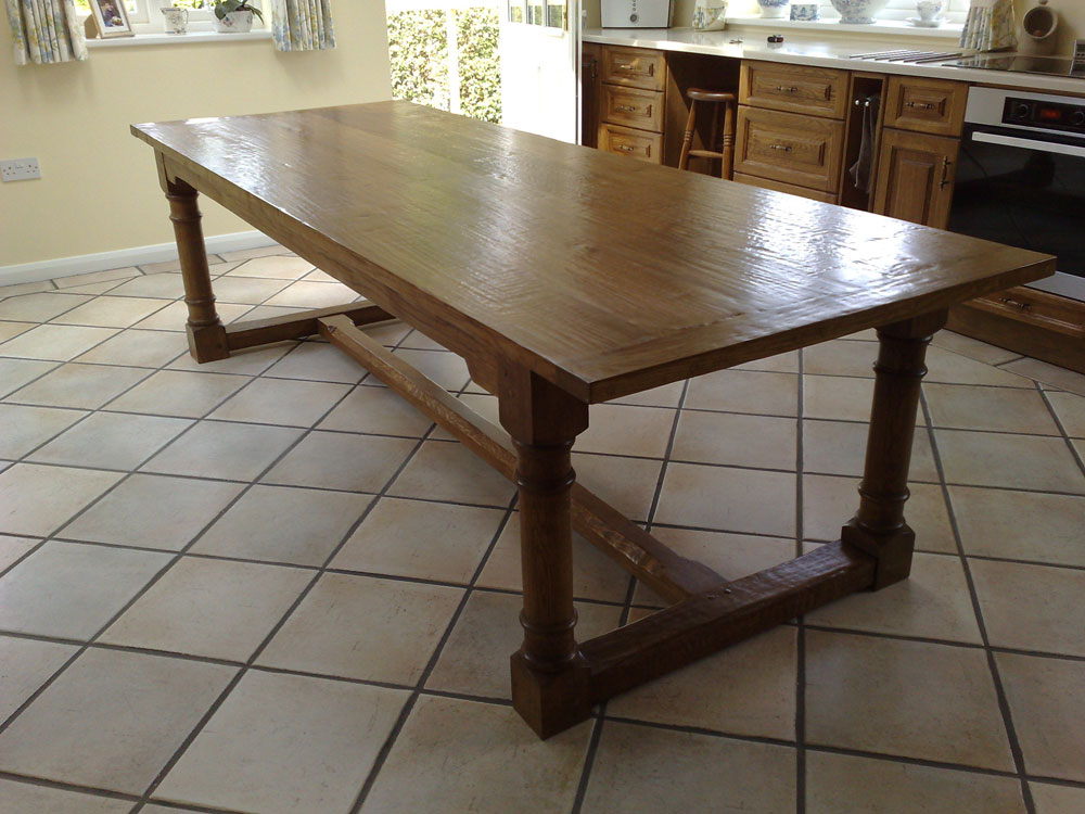 Oak Refectory Kitchen Table With Turned Legs