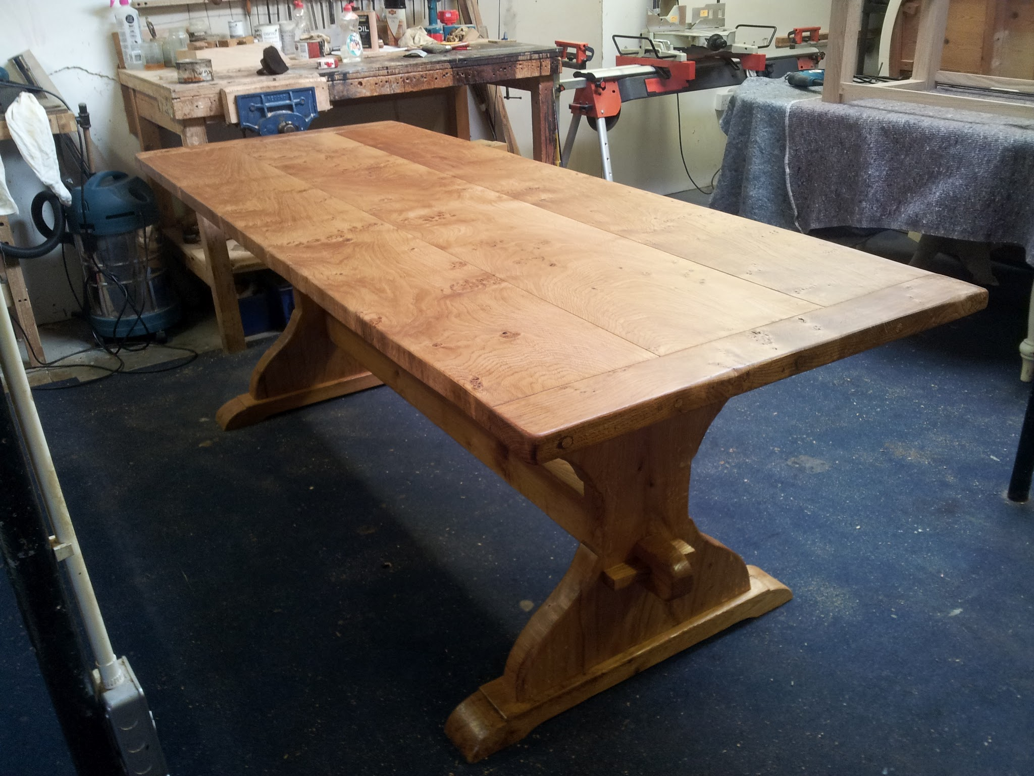 Handmade Table with Pippy Oak Top