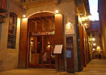 RESTAURANTE ROMANTICO HOSTAL EL PINTOR que se cuece en bcn restaurantes románticos para san valentin barcelona
