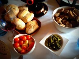 02-la formatgeria de Llívia restaurantes cerdanya que se cuece en bcn planes barcelona (12)