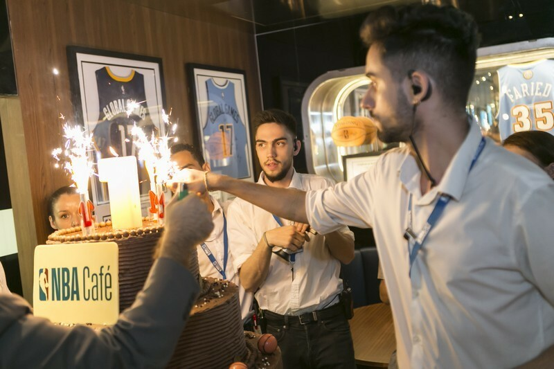 NBA Cafe fiesta aniversario que se cuece en bcn (24)