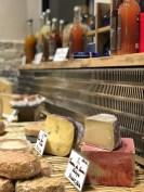 Restaurante La Quesera Barcelona fondues raclettes que se cuece en Bcn (35)
