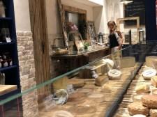 Restaurante La Quesera Barcelona fondues raclettes que se cuece en Bcn (38)