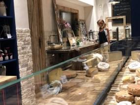 Restaurante La Quesera Barcelona fondues raclettes que se cuece en Bcn (39)