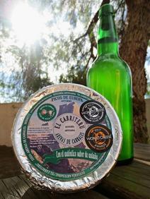 El Cabriteru queso azul premiado internacionalmente y sidra