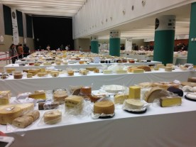 El Cabriteru en los World Cheese Awards mesas quesos