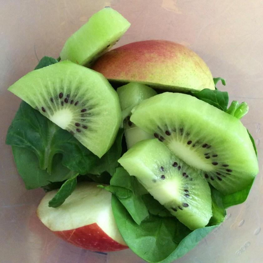 smoothie-de-kiwi-y-espinacas-02