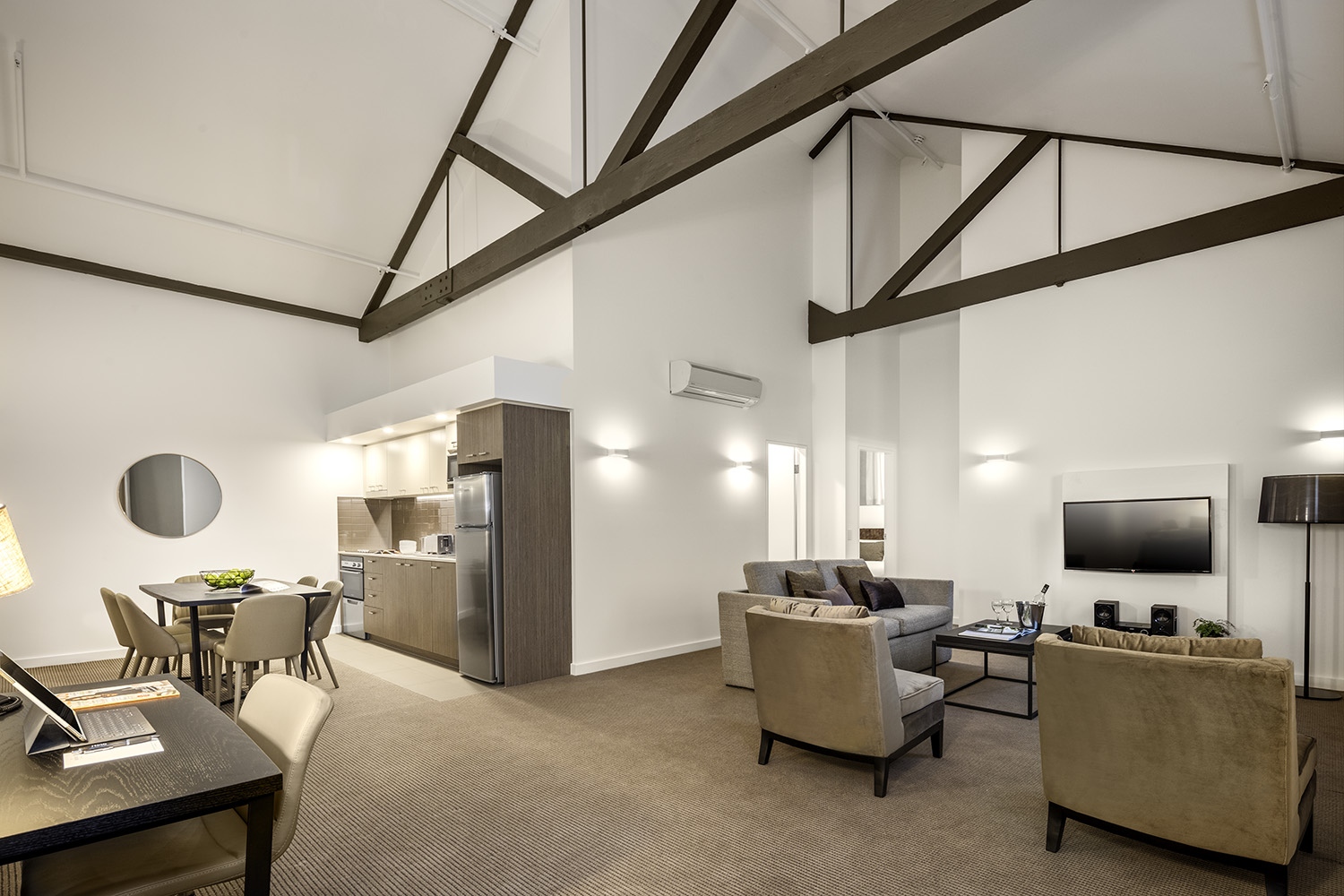 Newcastle West Serviced Apartments Newcastle West