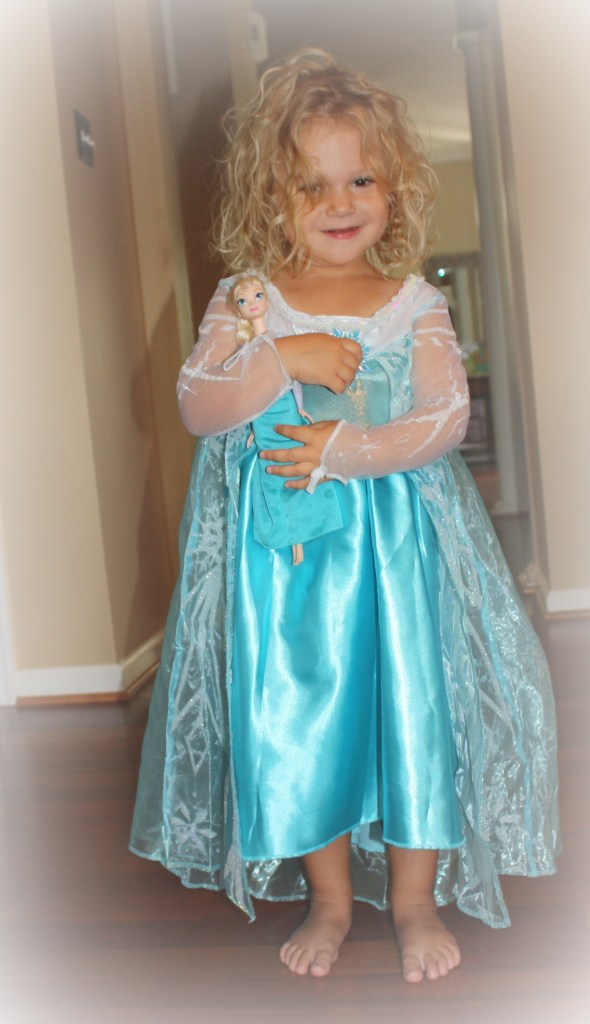 Queen Elsa #FrozenFun #shop