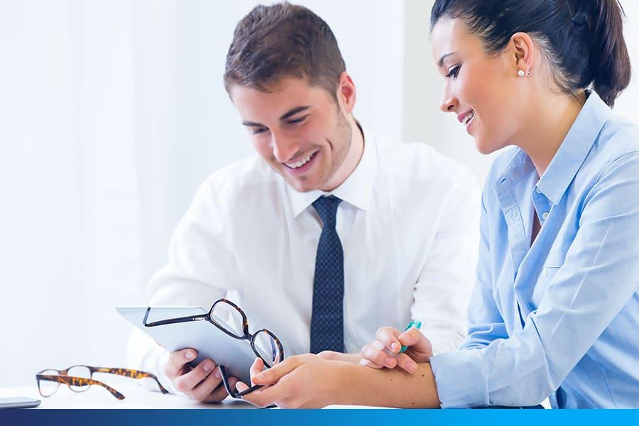 Faça benchmarking competitivo para expandir seus negócios