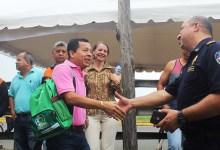 Alcalde John Salcedo Cantos entrega oficialmente la cabaña al COE Cantonal