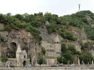 église troglodyte Notre Dame des Hongrois