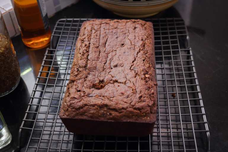 Eggless Gluten-Free Ragi (Finger Millet) And Date Cake / millet recipe / www.quichentell.com