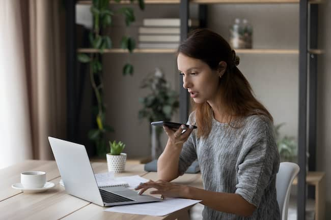 Virtual assistant on phone and laptop