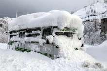 الثلوج تجتاح العالم