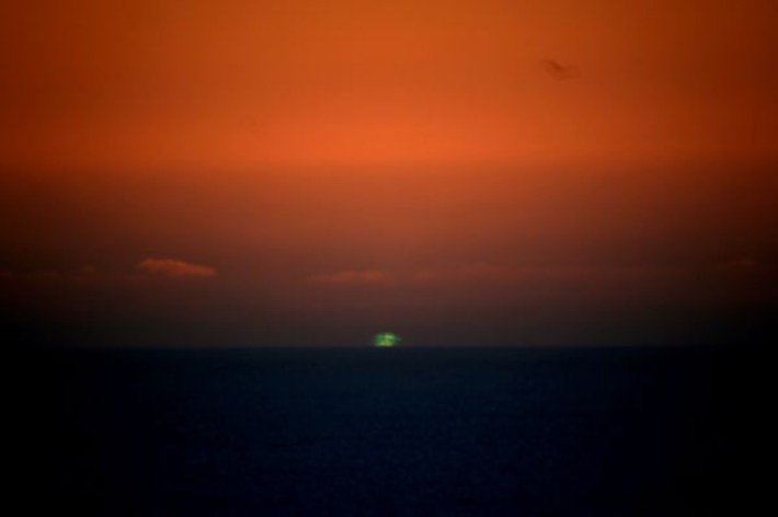 extraordinary natural phenomena green flash