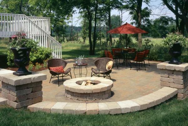 outdoor fire pit patio design ideas Outdoor Fire Pit Seating Ideas - Quiet Corner
