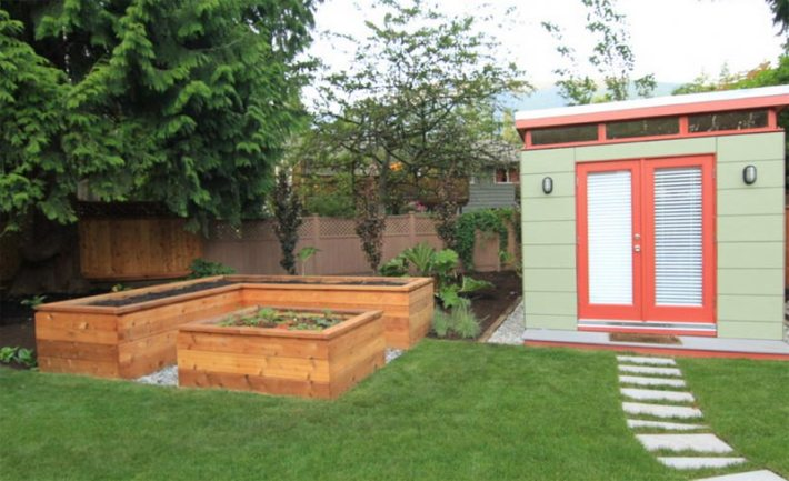 Vegetable Gardening with Raised Beds (17)