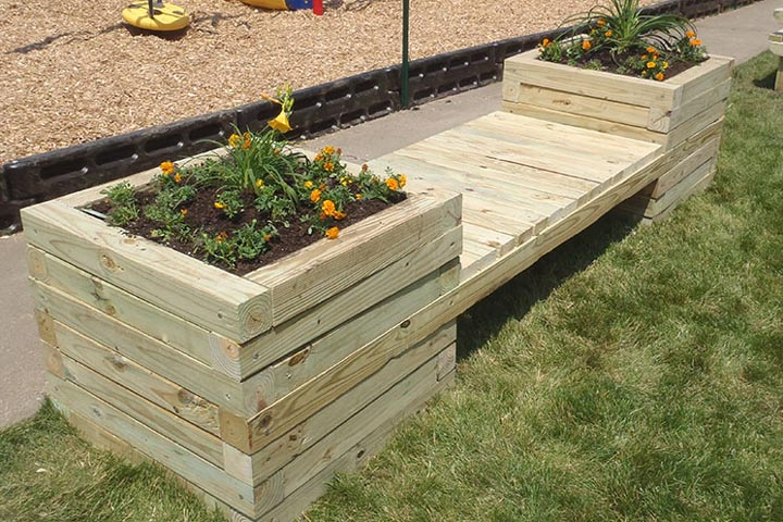 How To Build a Planter Bench - Quiet Corner