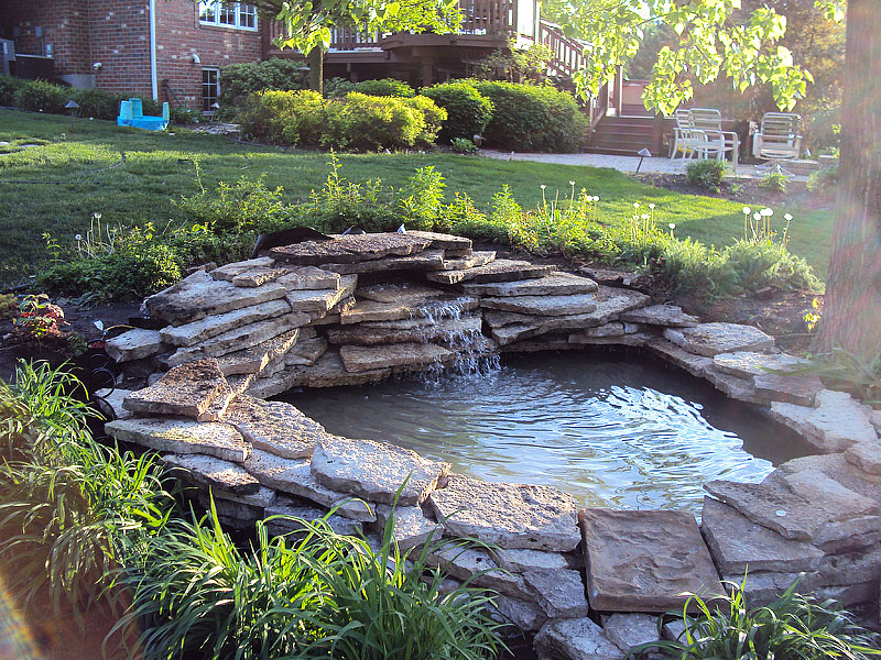 Inspiring Backyard Pond Ideas - Quiet Corner on Small Backyard Pond  id=26928