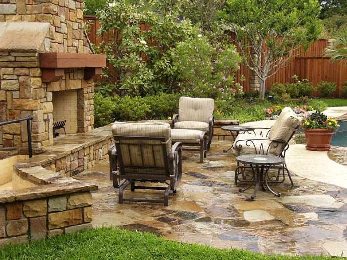 Inspiring Outdoor Fireplace Ideas