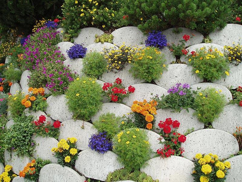Stunning Rock Garden Design Ideas - Quiet Corner on Backyard Rock Designs id=36335