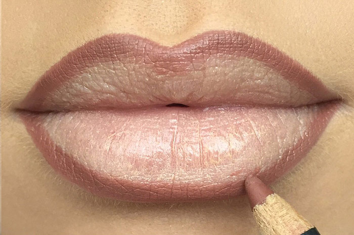 Contour Your Lips: Step-by-Step Guide