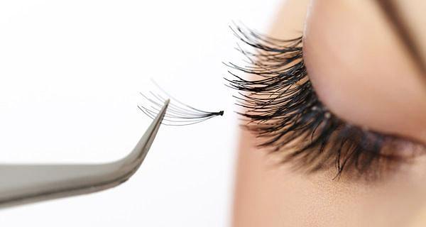 False Eyelashes - All You Need to Know